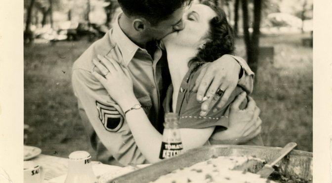 Gente che si bacia….